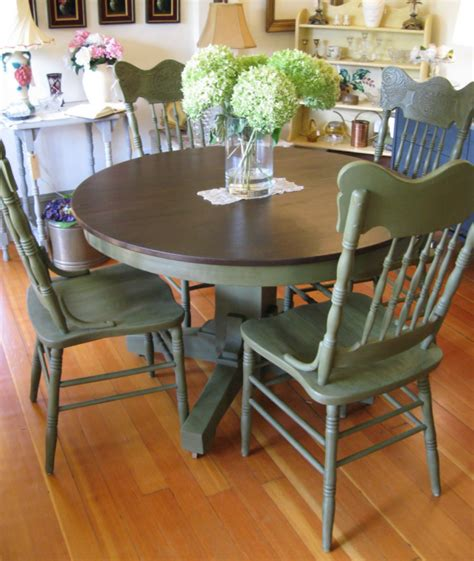 chalk paint ideas for dining table chalk paint olive this is the color i m cuttingly using
