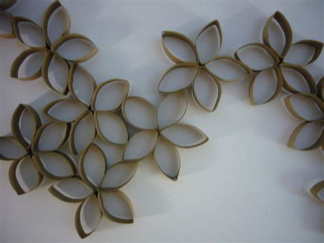 toilet paper roll wreath craft preschool crafts for toilet paper roll ring flowers