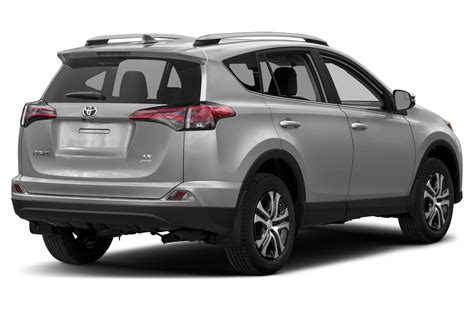 Toyota Suv Reviews by Toyota Rav 4 Le New Car Specs And Price 2019 2020