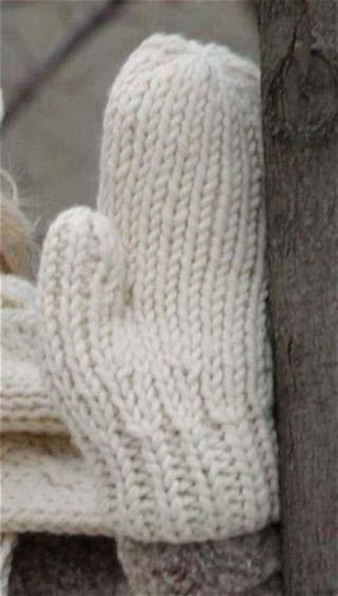 free mitten pattern knitting warm wool mittens free knitting patterns favecrafts