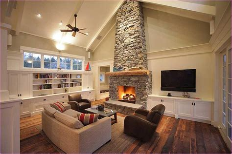 paint ideas for living room with vaulted ceilings vaulted ceiling living room ideas