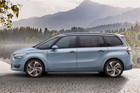 Citroen Grand C4 Picasso by New 2014 Citroen Grand C4 Picasso Details And Pictures