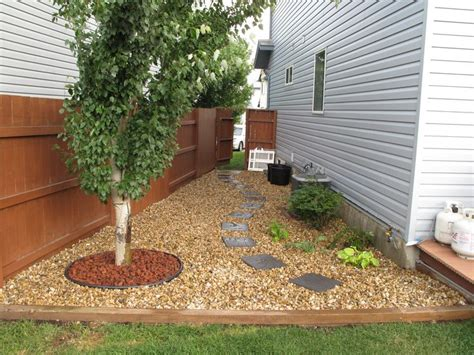 garden ideas for side of house gravel and stepping stones clean up a shaded side yard