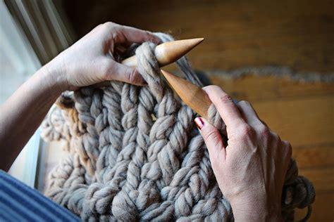 big knitting needles superchunky knit cowl