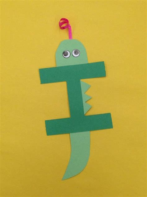 letter i crafts for i is for iguana letter craft letters