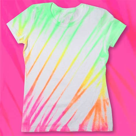 glow in the paint shirt ilovetocreate neon fabric spray paint shirt diy