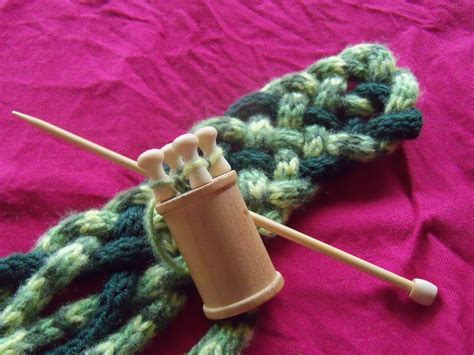 spool knitting how to spool knitting knitting tutorial and patterns