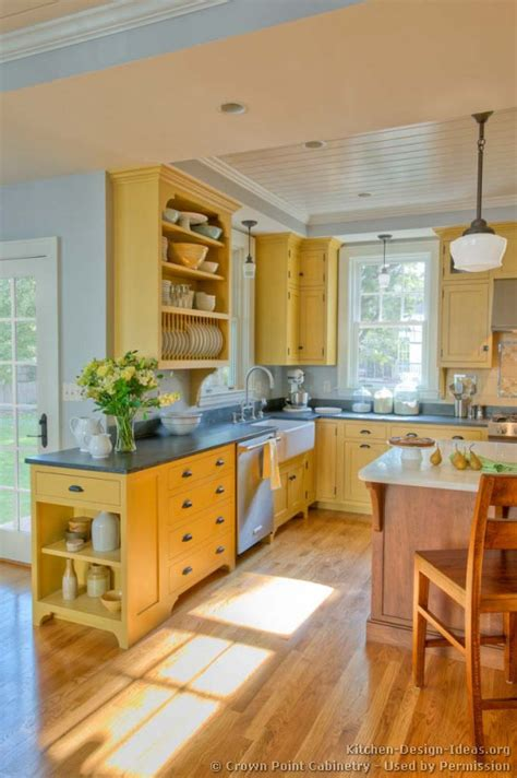 yellow kitchen decorating ideas country kitchen design pictures and decorating ideas smiuchin