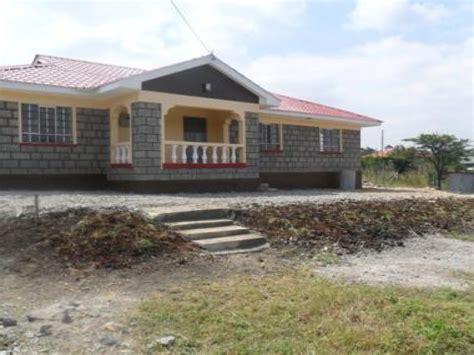 3 bedroomed house designs three bedroom bungalow house plans in kenya three bedroom
