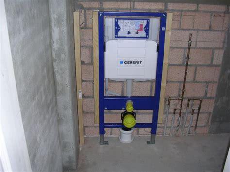 Zwevend Toilet Verstopt by Wand Hangtoilet Bevestigen
