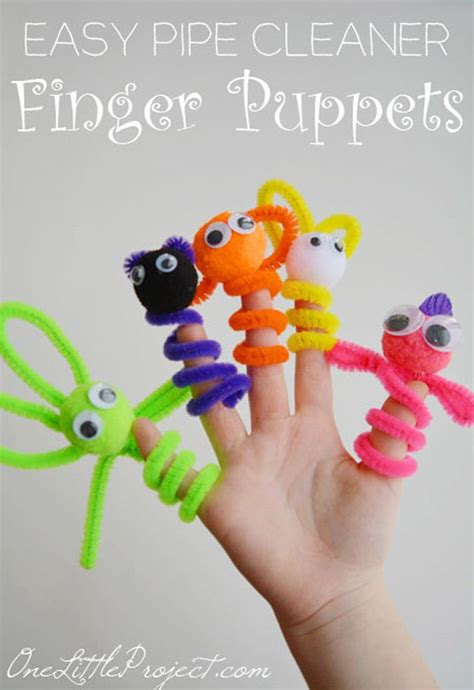 how to make a cool craft out of paper 25 best ideas about pipe cleaner crafts on