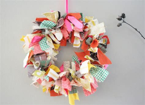 cloth crafts for craft of the day fabric scrap wreath huffpost