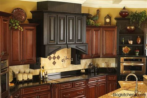 kitchen cabinet decorations vintage kitchen cabinets decor ideas and photos