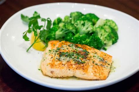 m olive garden nutrition olive garden s new low calorie menu here s what to order today