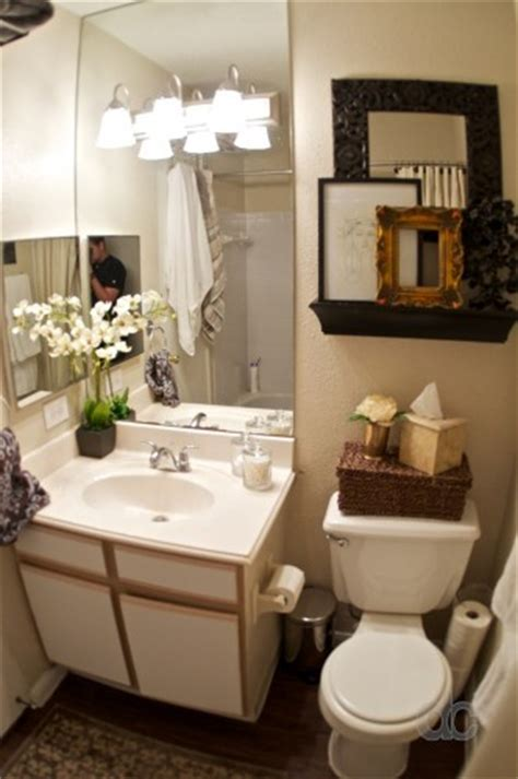 small bathroom ideas for apartments my apartment bathroom is exactly this size small i what they did here must do