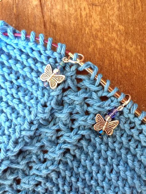 knitting diagonally grandmother s diagonal lace knitting pattern simply notable