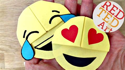 crafts that are easy to make easy emoji diy bookmark corners paper crafts