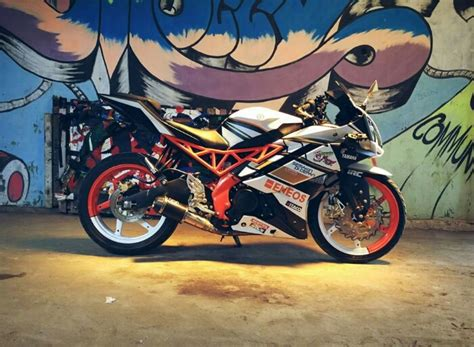 Gambar Modifikasi Motor Yamaha R15 by Foto Modifikasi Yamaha R15 2018 Harianindo