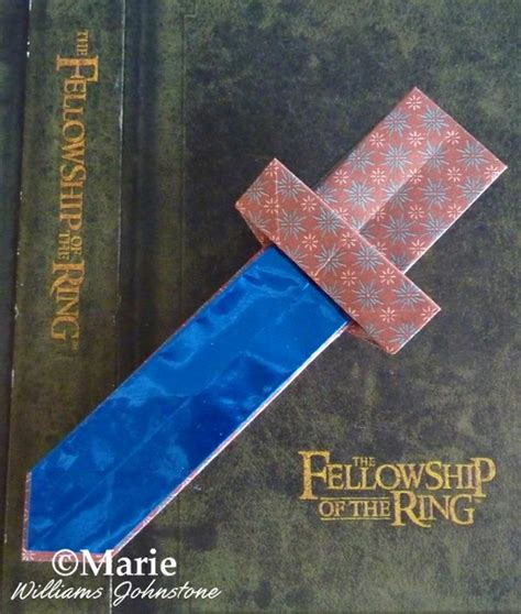 sting paper crafts lots of hobbit origami projects