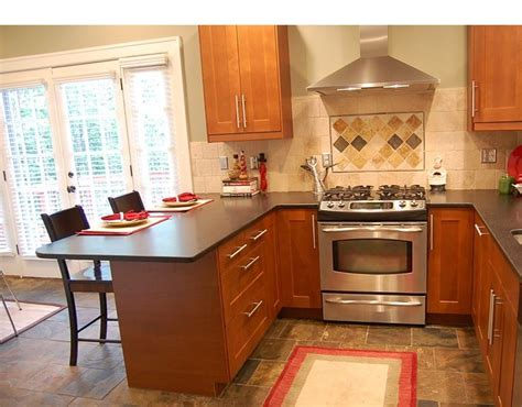 small kitchen design with peninsula best 25 small kitchen peninsulas ideas on