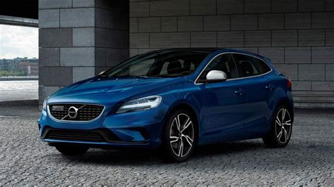 New Volvo V40 by Review The Facelifted Volvo V40 Hatchback Top Gear