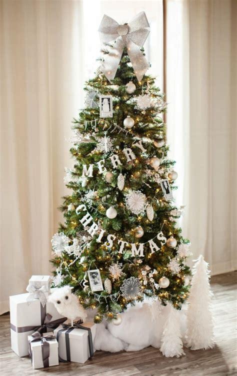 weihnachtsbaum dekoration 1001 ideen f 252 r weihnachtsbaum schm 252 cken wei 223 und silber