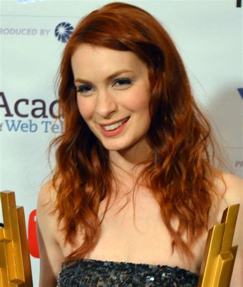 what is felicia day s hair color felicia day wiki height weight age measurements 2013