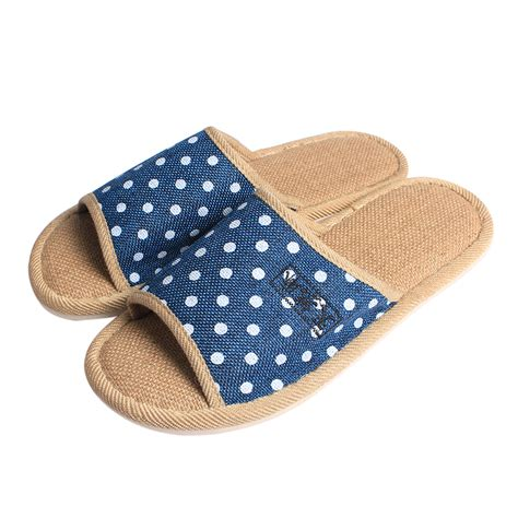 bedroom slippers mens mens bedroom slippers david simchi levi