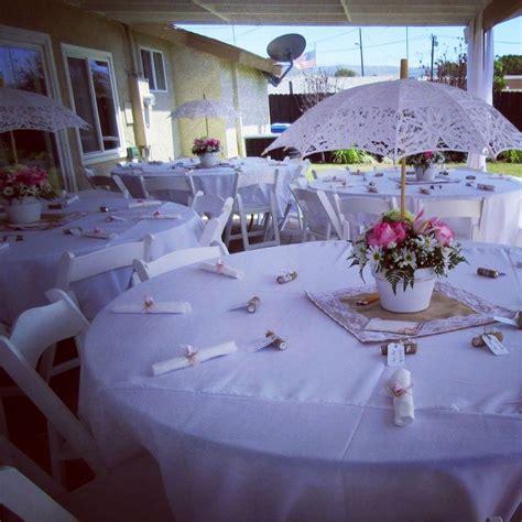 outdoor table centerpieces best 25 umbrella centerpiece ideas on