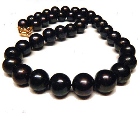 big black bead necklace black pearl necklaces pearlescence