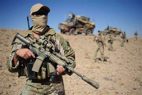 for soldiers multicam soldier in desert 2223