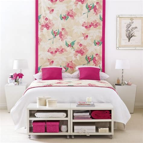 pink wallpaper for bedroom una habitaci 243 n rosa y blanca