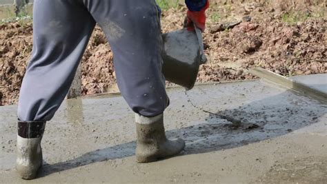 concrete rubber st pouring cement concrete up of wearing rubber