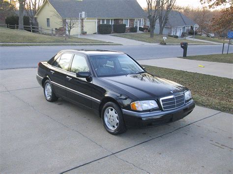 1997 Mercedes C280 by 502 Bad Gateway