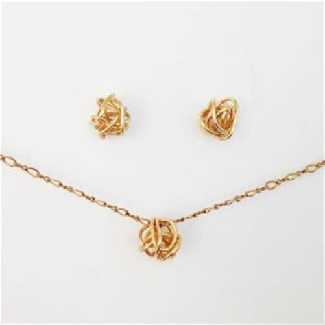 how to make metal st jewelry diy knot jewelry allfreejewelrymaking
