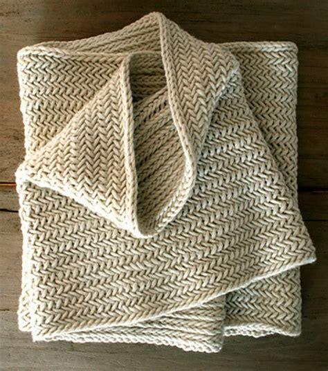 herringbone knit herringbone infinity scarf free knitting pattern