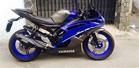 Modified To by Yamaha R15 Gets Modified To R6 Looks Quite The Machine