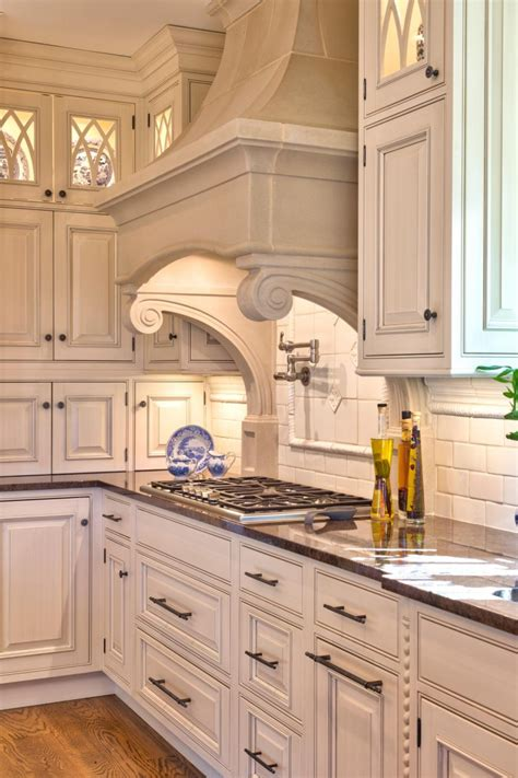 traditional kitchens traditional country kitchen ranges traditional range cover with corbels 4 types of