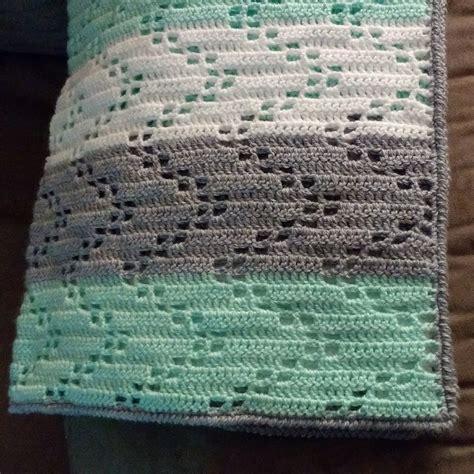 zig zag knitted blanket pattern austere twist zig zag crochet baby blanket free pattern