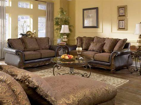 traditional living rooms living room cozy look of a traditional living room