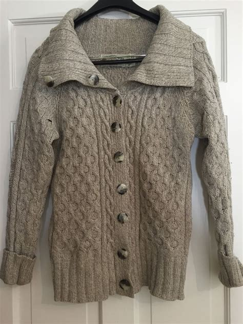chunky cable knit cardigan sweater aran crafts ireland 100 wool ivory chunky cable knit
