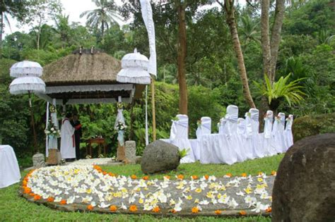 outdoor themed home decor outdoor wedding decorating ideas simple home decoration