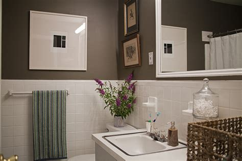 Cheap Bathroom Makeovers by A Simple Inexpensive Bathroom Makeover For Renters