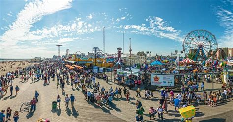 2017 new york coney island to get 150 000 square of new rides and