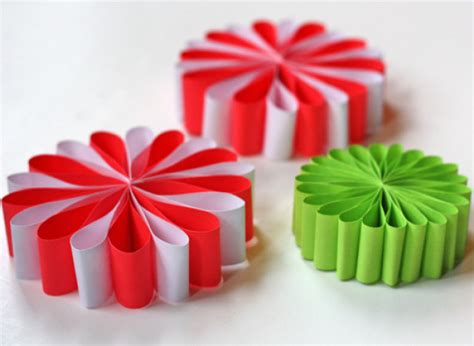 crafts made out of construction paper craft of the day paper flower ornaments huffpost