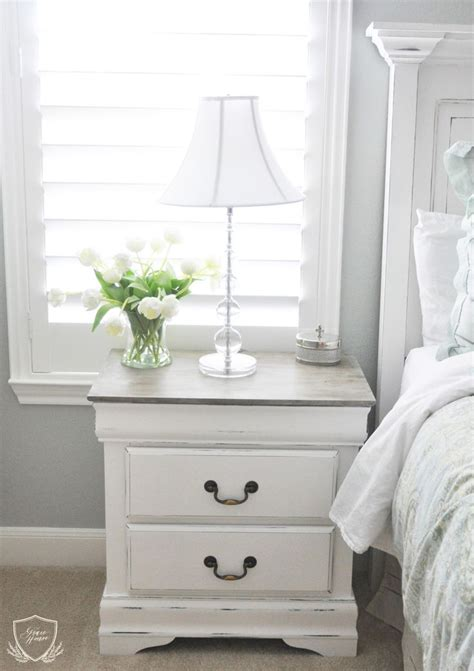 chalk paint nightstand best 20 refinished nightstand ideas on