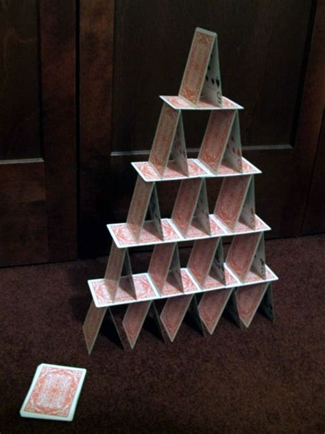 how do you make a card tower things to do indoors build tower of cards