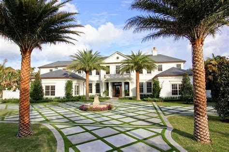 tony robbins house what properties does he own