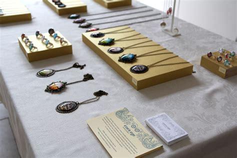 jewelry table diy jewelry display table