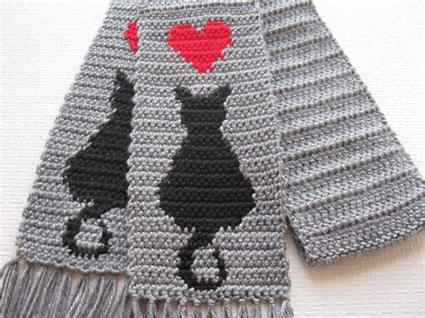 knitted cat scarf pattern cat scarf gray crochet scarf with black cat silhouettes and